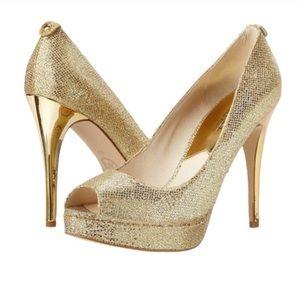Shoes - Like New Michael Kors York Platform Glitter Pumps